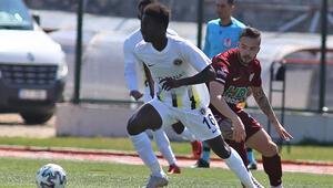 Royal Hastanesi Bandırmaspor 2 - 2 Menemenspor (Maç özeti)