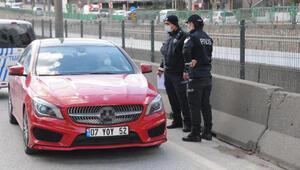 Karantina ihlali, polisin yol kontrolünde ortaya çıktı