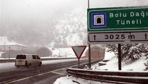 Bolu Dağında kar kalınlığı 20 santimetreye ulaştı
