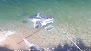 Van Gölüne otomobil uçtu: 4 yaralı
