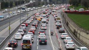 56 saatlik kısıtlama sonrası İstanbulda trafik yoğunluğu