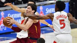 NBAde gecenin sonuçları: Cedi Osmanın 15 sayısı Clevelanda yetmedi