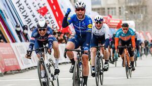 56. Cumhurbaşkanlığı Türkiye Bisiklet Turunun 2. etabını Mark Cavendish kazandı
