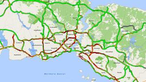 İstanbulda trafik kilit...