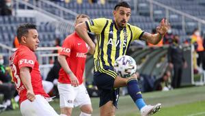 Fenerbahçe - Gaziantep maçında tartışmalı gol pozisyonu