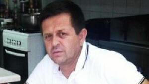 Ayvalık'ta, motosikletle 2 otomobile çarpan aşçı hayatını kaybetti