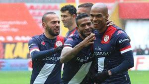Antalyaspor, Süper Ligde 13 oyuncudan gol katkısı aldı