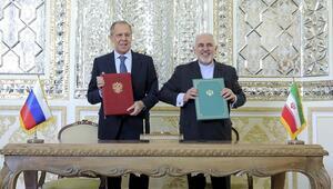 İran Dışişleri Bakanı Zarif ile Rus mevkidaşı Lavrov Tahranda nükleer anlaşmayı görüştü