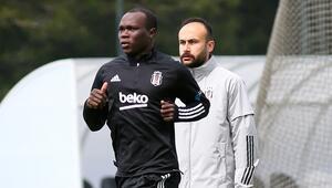 Cenk Tosunun sakatlığı sonrası Beşiktaş, Aboubakar'dan gelecek haberi bekliyor