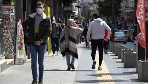 En çok vaka görülen Samsun'da sokaklarda insan yoğunluğu