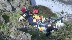 Sarıyerde aracıyla uçuruma yuvarlandı Gören ekiplere haber verdi...
