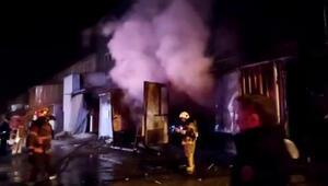 Mobilya fabrikasında yangın Ekipler hemen müdahale etti