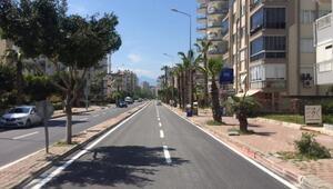 Çınarlı Caddesi ulaşıma açıldı