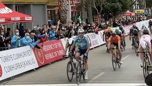 56. Cumhurbaşkanlığı Türkiye Bisiklet Turunun 4. etabını Mark Cavendish kazandı