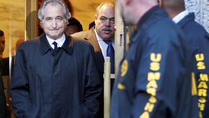 ABDnin en büyük dolandırıcısı Bernie Madoff hayatını kaybetti