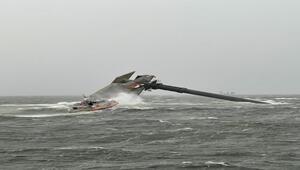 ABDde tekne alabora oldu: 12 kayıp