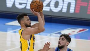 NBAde Gecenin Sonuçları: Warriorsta Stephen Curry rekor kırdı