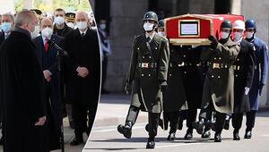 Eski Başbakan Yıldırım Akbulut'a veda Cumhurbaşkanı Erdoğandan cenaze töreninde açıklama