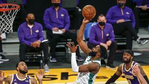 NBAde Gecenin Sonuçları: Celtics, Lakersı Jaylen Brownla devirdi