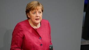 Merkelden doktorların yardım çağrılarına kulak verin uyarısı