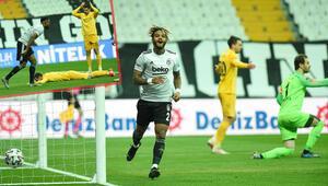 Beşiktaş - Ankaragücü maçında Ante Kulusicten kendi kalesine 2 gol