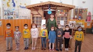 Rusya'dan Sincan'daki anaokuluna ödül