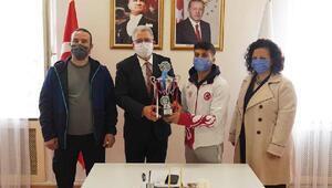 Ege Üniversitesi öğrencisi Ali Koyuncudan büyük başarı