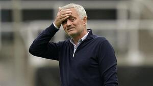 Son dakika: Tottenhamda Jose Mourinho ile yollar ayrıldı Mourinhonun tazminatı...