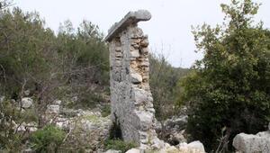 Roma dönemi antik kentte defineci talanı