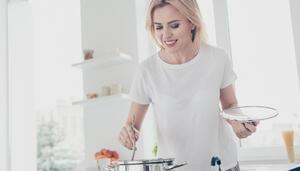 Diyetteyken hangi yemek yapma alışkanlıklarından uzak durmalısınız