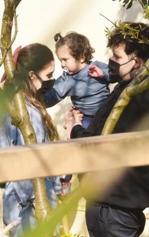Berfu Yenenler ile Eser Yenenlerden üçüncü çocuk açıklaması