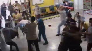 Acil Servisi birbirine kattılar! 5 güvenlik yaralandı