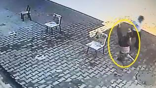 Feci olay! 5 yaşındaki çocuk 4. kattan düştü