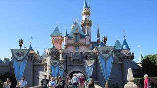 Walt Disney 32 bin kişiyi işten çıkarcak