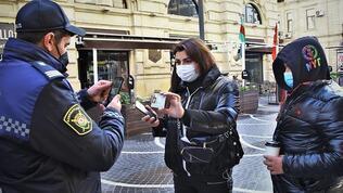 Azerbaycan'da karantina uzatıldı