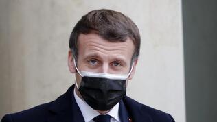 Macron'a vekillerden İsrail'e yaptırım çağrısı