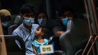 Afganistan'dan tahliye uçuşları sürecek