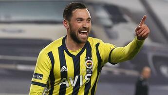 Son Dakika: Fenerbahçe'de kadro dışı kalan Sinan Gümüş'ten açıklama: 'Maalesef transferim gerçekleşmedi...'