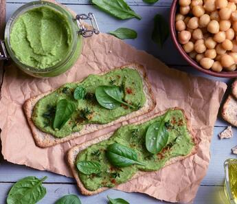Yeşilin En Güzel Tonu: Avokado Humus