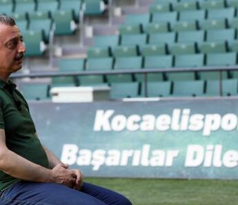 Tahir Büyükakın: ''İnşallah Kocaelispor'u Süper Lig'de göreceğiz''