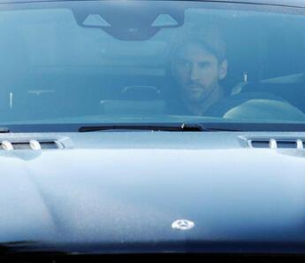 Lionel Messi Barcelona antrenmanına katıldı!