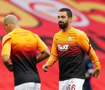 Son Dakika | Galatasaray'da Arda Turan'dan Fenerbahçe itirafı!