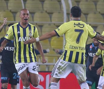 """Fenerbahçeli futbolcular """"kafayı"""" çalıştırdı"""