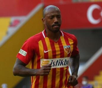 Kayserispor'da 5 futbolcu yolcu! Manuel Fernandes...