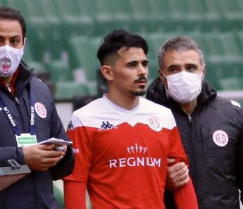 Antalyaspor'da Serdar Gürler 204 gün sonra sahalara döndü!