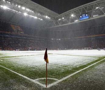 Galatasaray Kasımpaşa maçı ertelenecek mi? Karşılaşmanın saat değişikliği gündemde