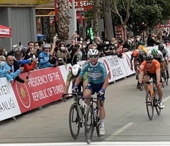 56. Cumhurbaşkanlığı Türkiye Bisiklet Turu'nun 4. etabını Mark Cavendish kazandı