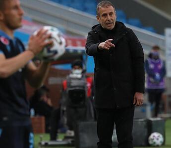 Trabzonspor'da Abdullah Avcı'dan Hatayspor maçı sonrası hakem isyanı: Bu şekilde muhatap olmak istemiyorum