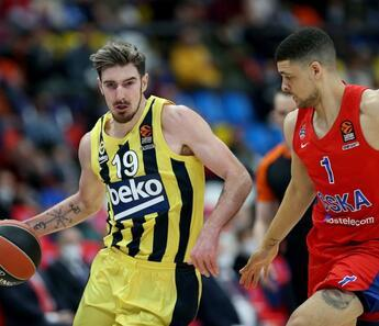 CSKA Moskova 92-76 Fenerbahçe