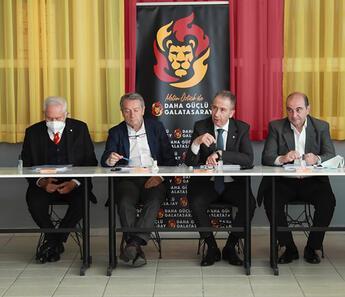 Galatasaray Başkan adayı Metin Öztürk, kurul üyeleriyle bir araya geldi